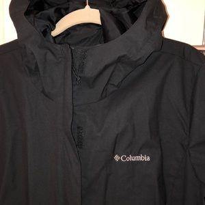 Columbia. black hooded rain jacket Sz XL